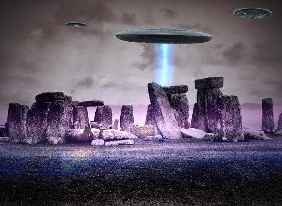 Aliens at Stonehenge