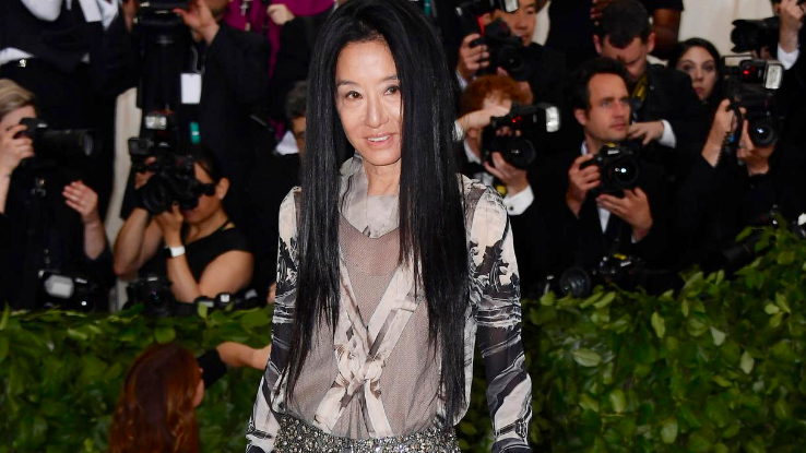 Vera Wang S Journey From Figure Skater To Fashion And Pop Culture Icon
