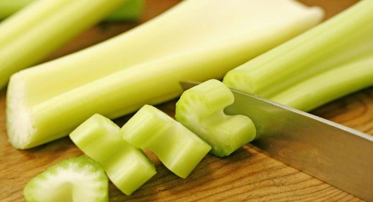 benefits-men-eating-celery