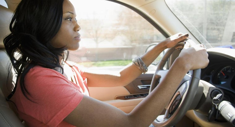 causes-car-shake-accelerating