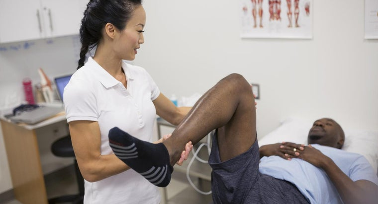 causes-sharp-stabbing-pain-upper-right-leg