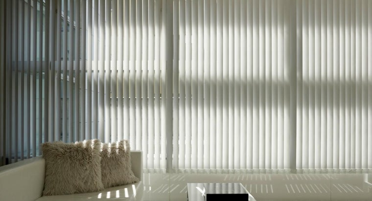 clean-vinyl-vertical-blinds