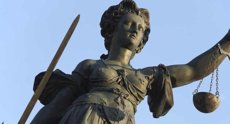 lady-justice-holding-sword