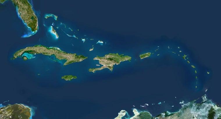 largest-island-west-indies