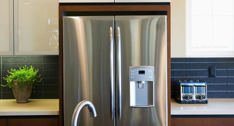 long-after-refrigerator-moved-can-plugged