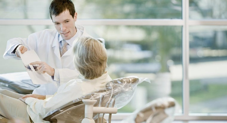 long-must-wait-between-bone-graft-dental-implant