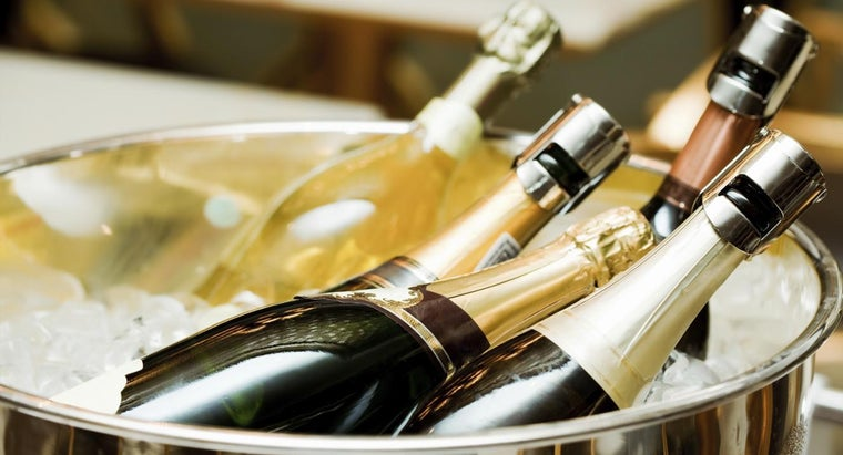 many-ounces-bottle-champagne