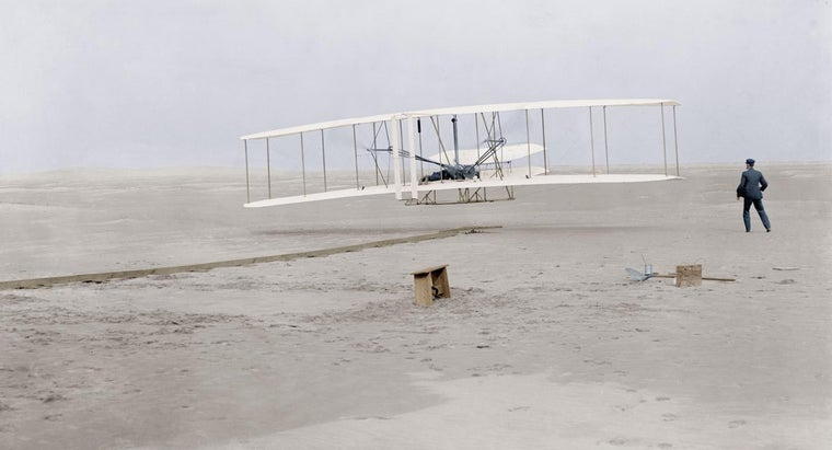 invented-first-aeroplane