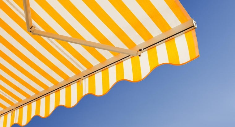 use-clean-canvas-awnings