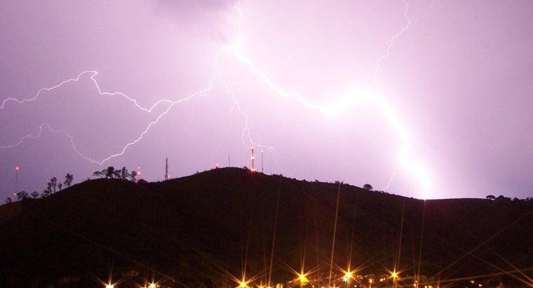 zeus-lightning-bolts